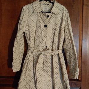 LOFT belted trench with star pattern NWOT